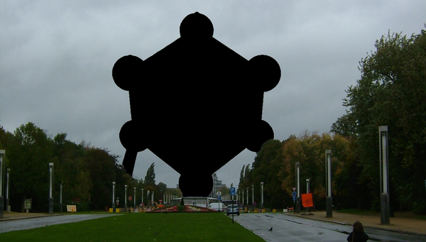 Atomium_blackened