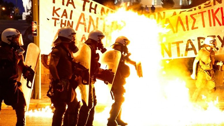 protests_greece_athens_riot_po