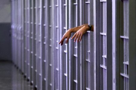 296962-environ-6000-prisonniers-palestiniens-detenus