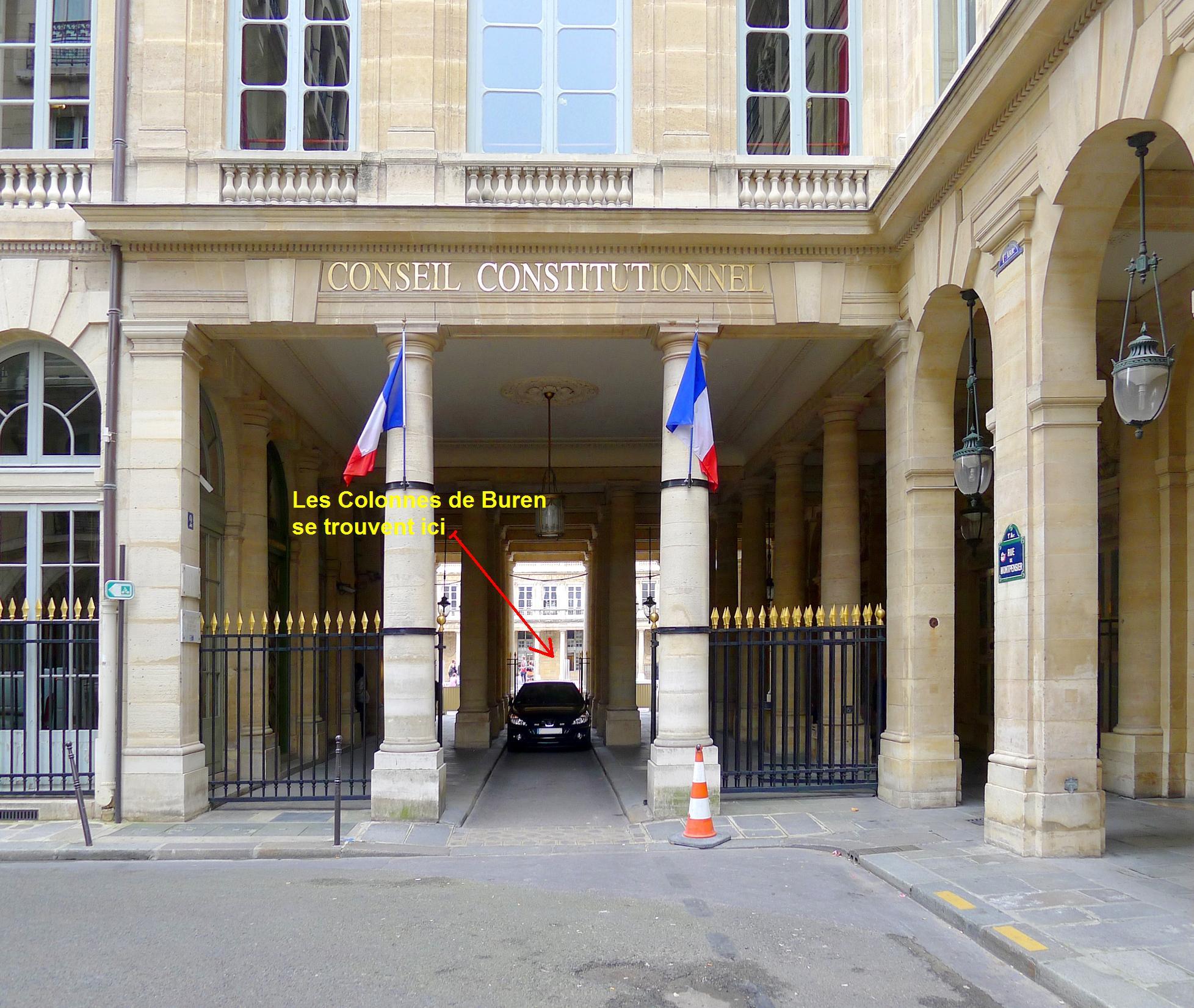 P1050187_Paris_Ier_rue_de_Montpensier_conseil_constitutionnel_rwk