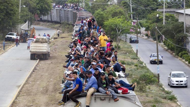 train-loads-of-illegal-aliens