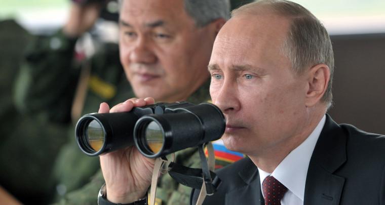 putin_binoculars__story
