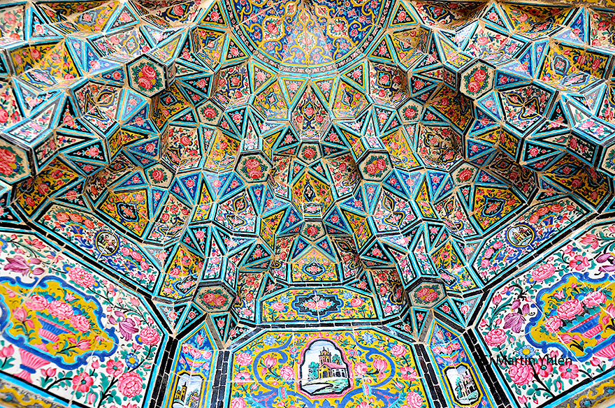 beautiful-mosque-ceiling-171__880
