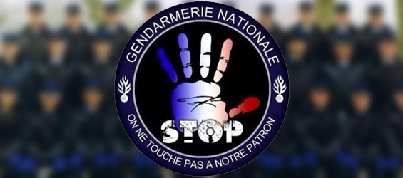 gendarmerie-pas-touche-stop