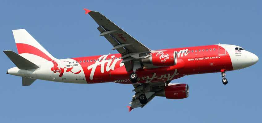 AirAsia_A320-200(9M-AHR)_(5000899734)