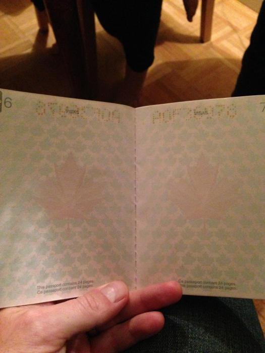 canadian_passport_01