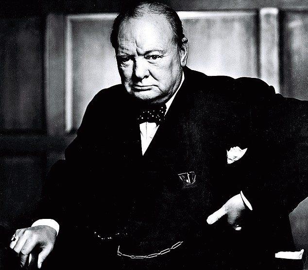 Winston-Churchill-choisir-entre-francaise-et-americain-de-gaulle