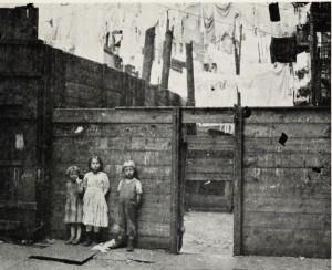 Industrial_Housing_19252-300x244